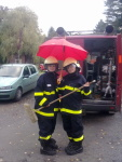 Brigády v hasičárně 15. října 2011